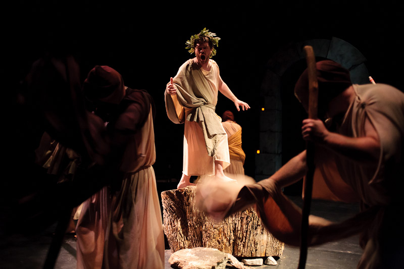 Aaron Compagna as The Messenger in Agamemnon